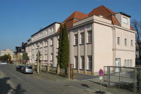 Wohn- und Geschäftshaus, W-Külz-Straße 11
